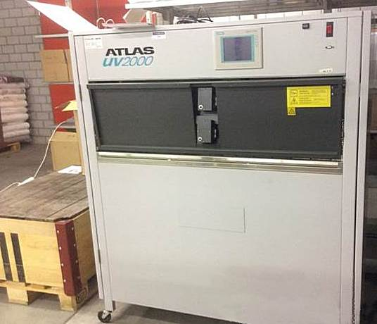 Atlas UV condensation weathering machine type UV2000 photo 1